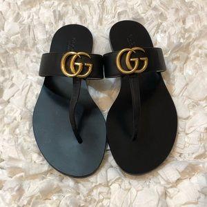 🎉🎉Gucci T-Strap Sandal Size 36.5🎉🎉